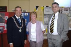 Deputy Lord Mayor Ciarán Lynch, alongside Elaine and Pat Poland at the 2006 Historical Exhibition.
